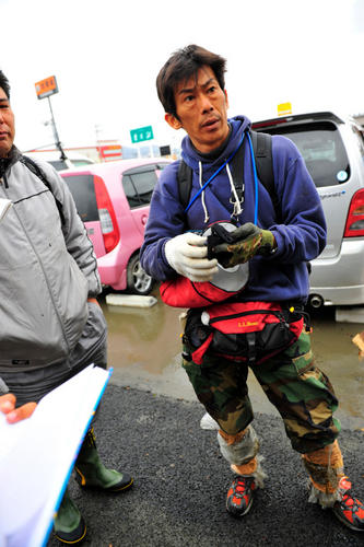 Hideaki Akaiwa spent three days searching for his wife and mother. Photo by Rick Westhead.